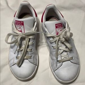Girls Adidas Stan Smith sneakers